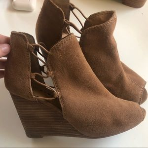 Lucky Brand Brown Suede Wedges 6.5